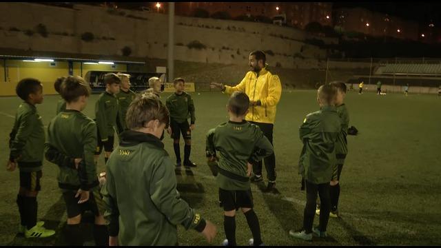 El trabajo de entrenamientos en la base amarilla