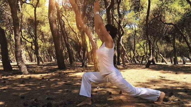 Las diferentes posturas de Yoga y sus beneficios para tu cuerpo y mente